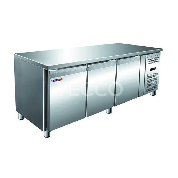 Стол холодильный Cooleq GN3100 TN